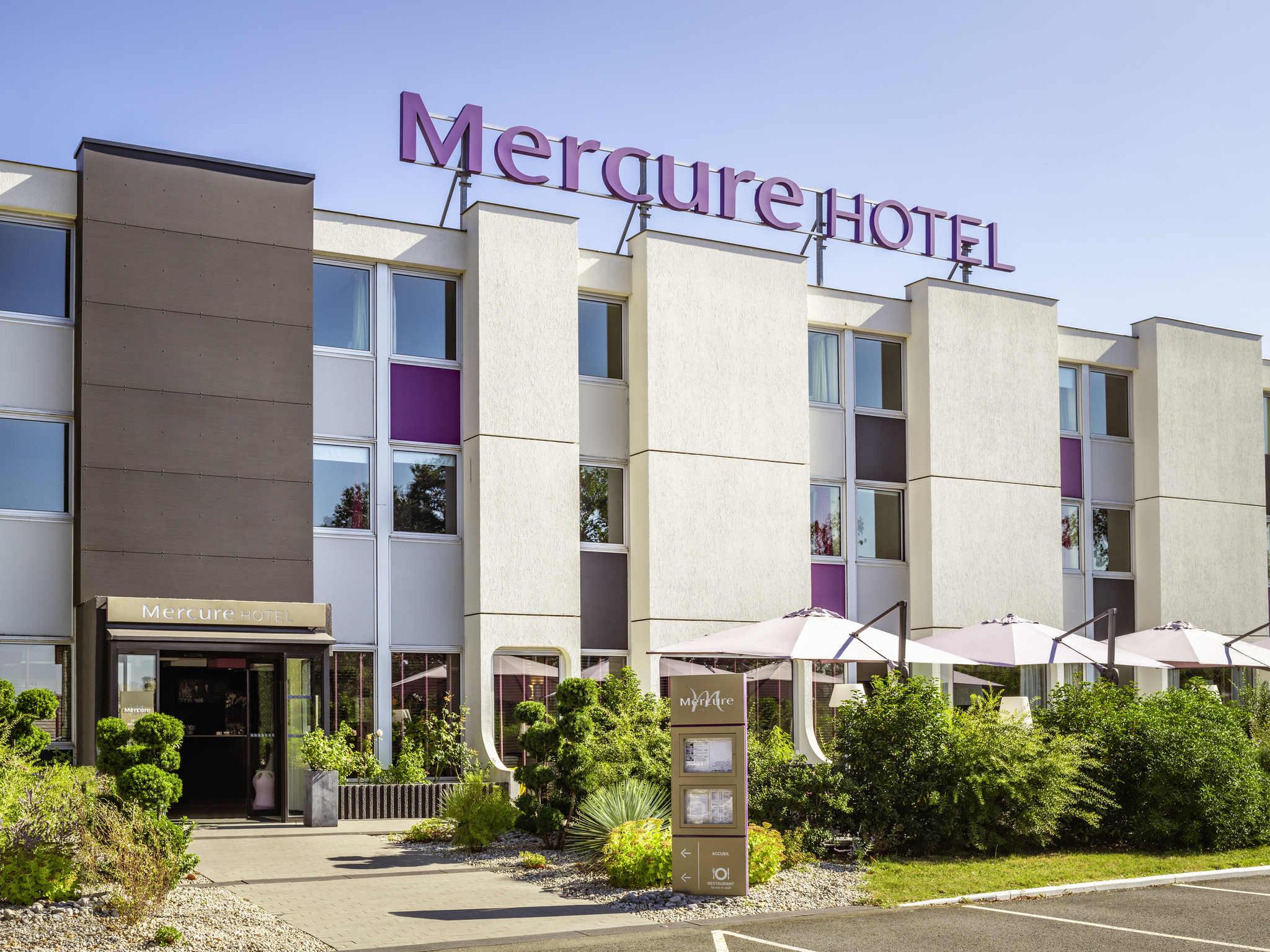 Hotel in le mans mercure le mans batignolles hotel for Le jardin hotel mercure