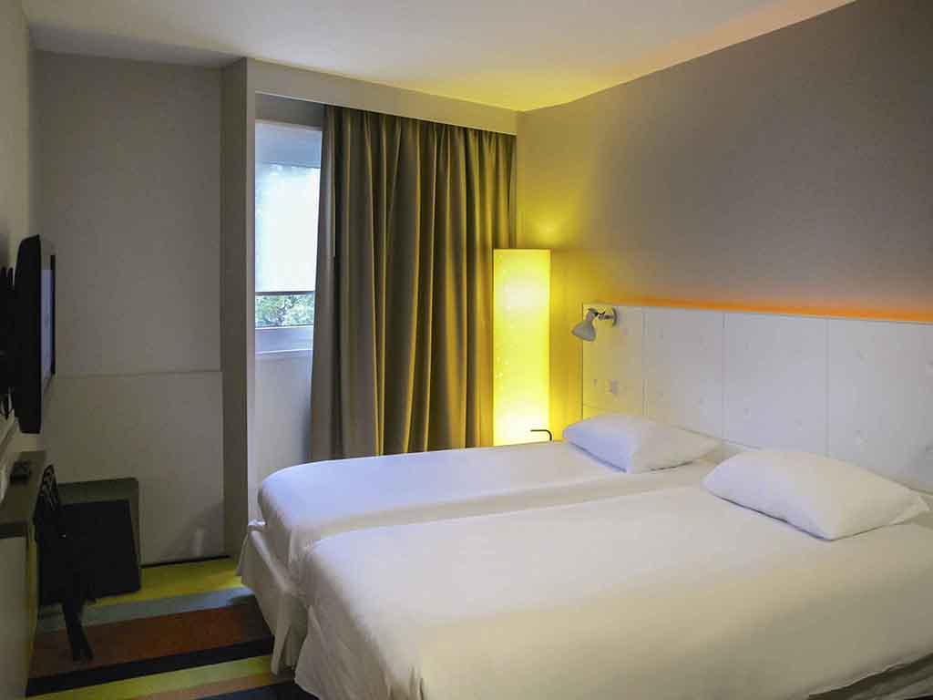 Hotel pas cher chasse sur rhone ibis styles lyon sud vienne for Hotel pas cher sud est