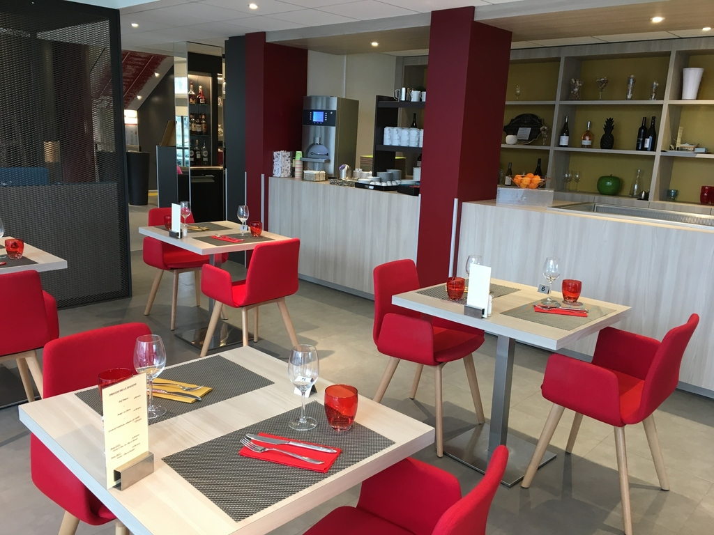 hotel pas cher beauvais ibis styles beauvais ex mercure. Black Bedroom Furniture Sets. Home Design Ideas