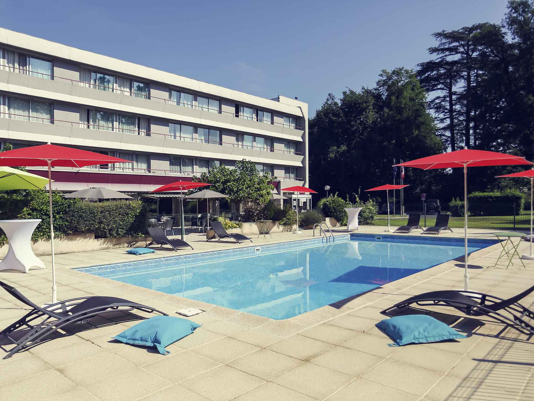Отель — Hôtel Mercure Brive