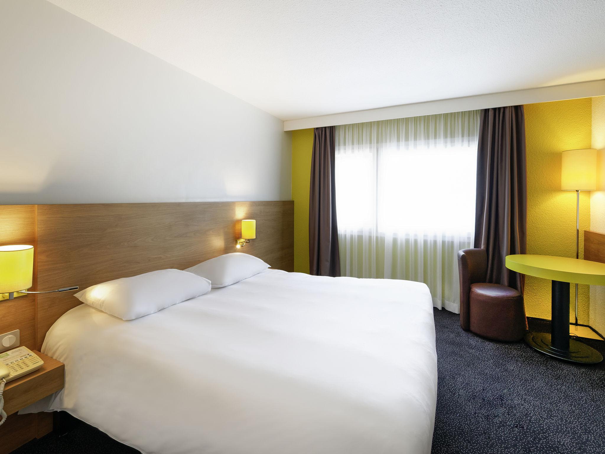 Cheap hotel CHALON SUR SAONE ibis Styles Chalon sur Saone