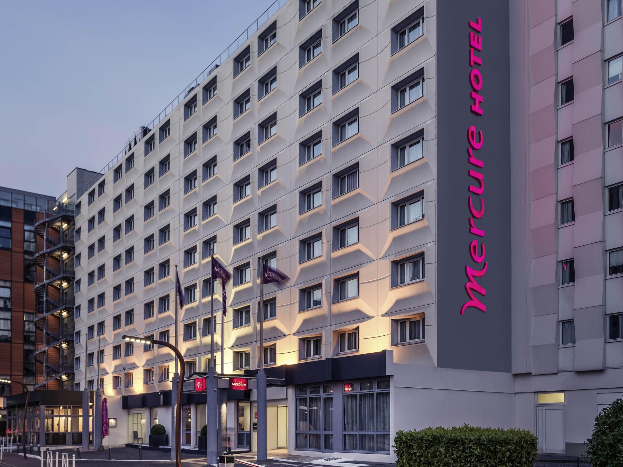 Hotel Rue Ernest Renan Arcueil