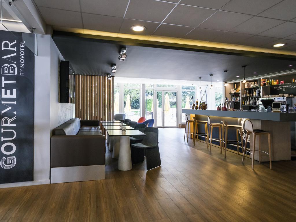 Gourmet Bar Saclay Restaurants By Accorhotels