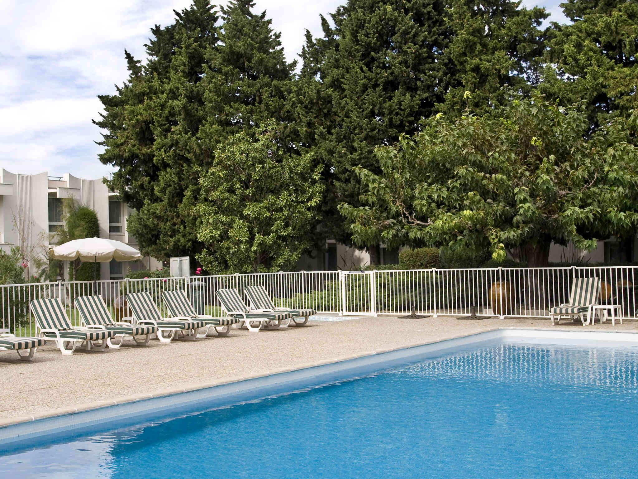 Отель — ibis Styles Авиньон Юг