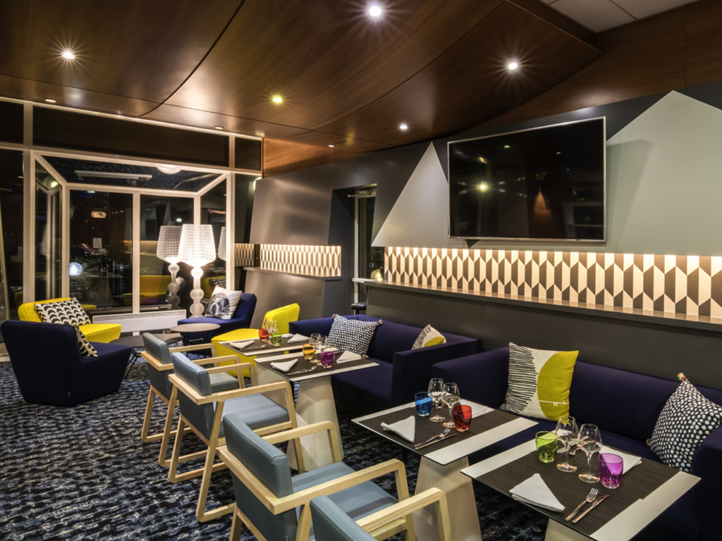 Novotel cafe chartres restaurants by accorhotels for Bon restaurant chartres