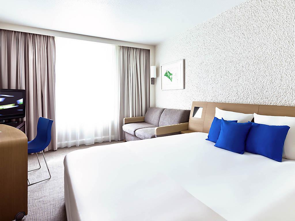 In Una Vasca Da Bagno Vuoi Miscelare Acqua A 49 : Hotel a saint laurent du var novotel nice aéroport cap