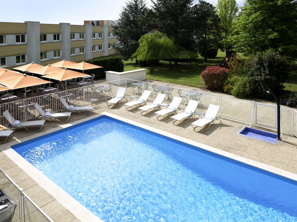 Novotel Mâcon North Highway du Soleil
