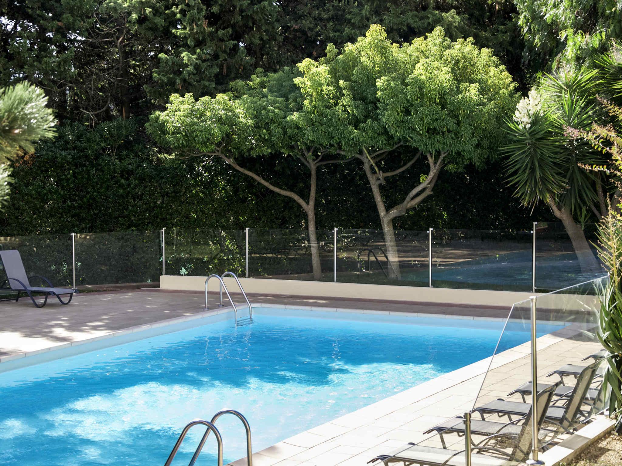 Отель — ibis Styles Тулон Ла-Сейн-сюр-Мер