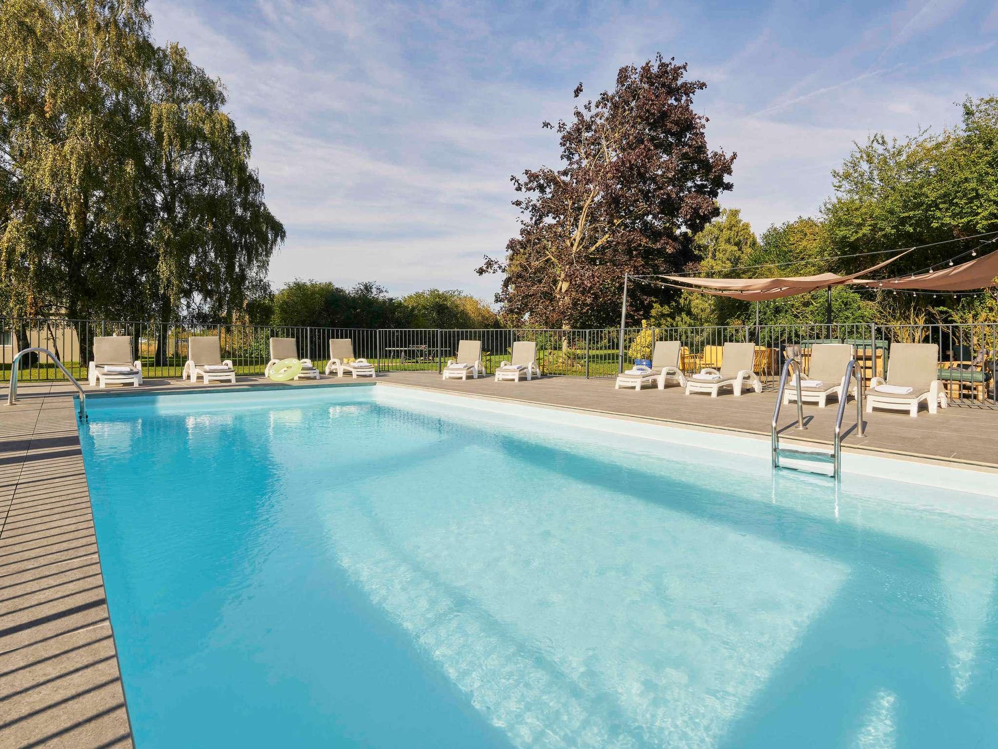 Hotell – Novotel Survilliers Saint-Witz