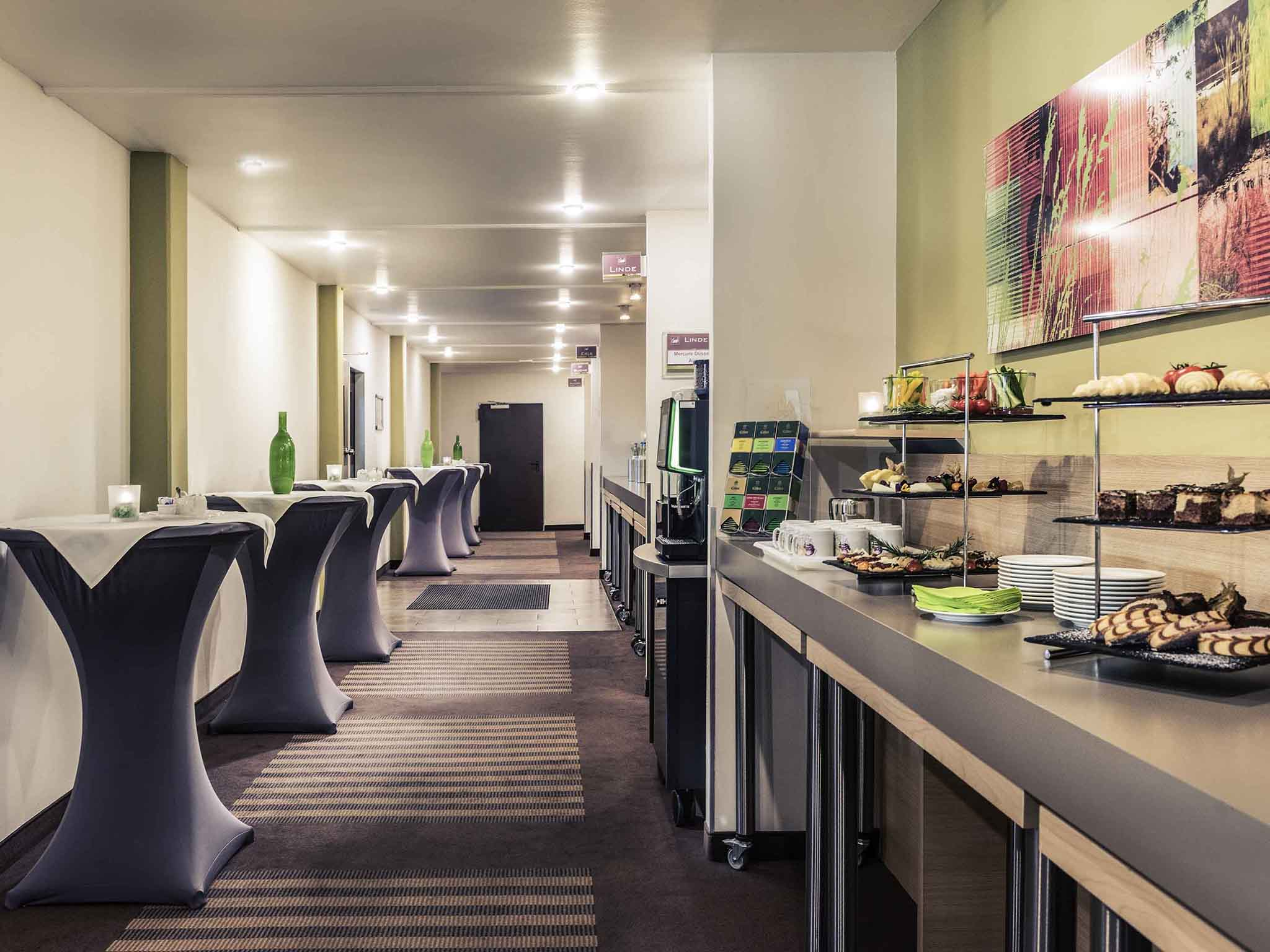 Mercure Hotel Duesseldorf Airport. Book online now!