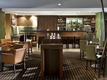 restaurant caf bar l 39 hotel mercure hotel saarbruecken sued saarbruecken. Black Bedroom Furniture Sets. Home Design Ideas