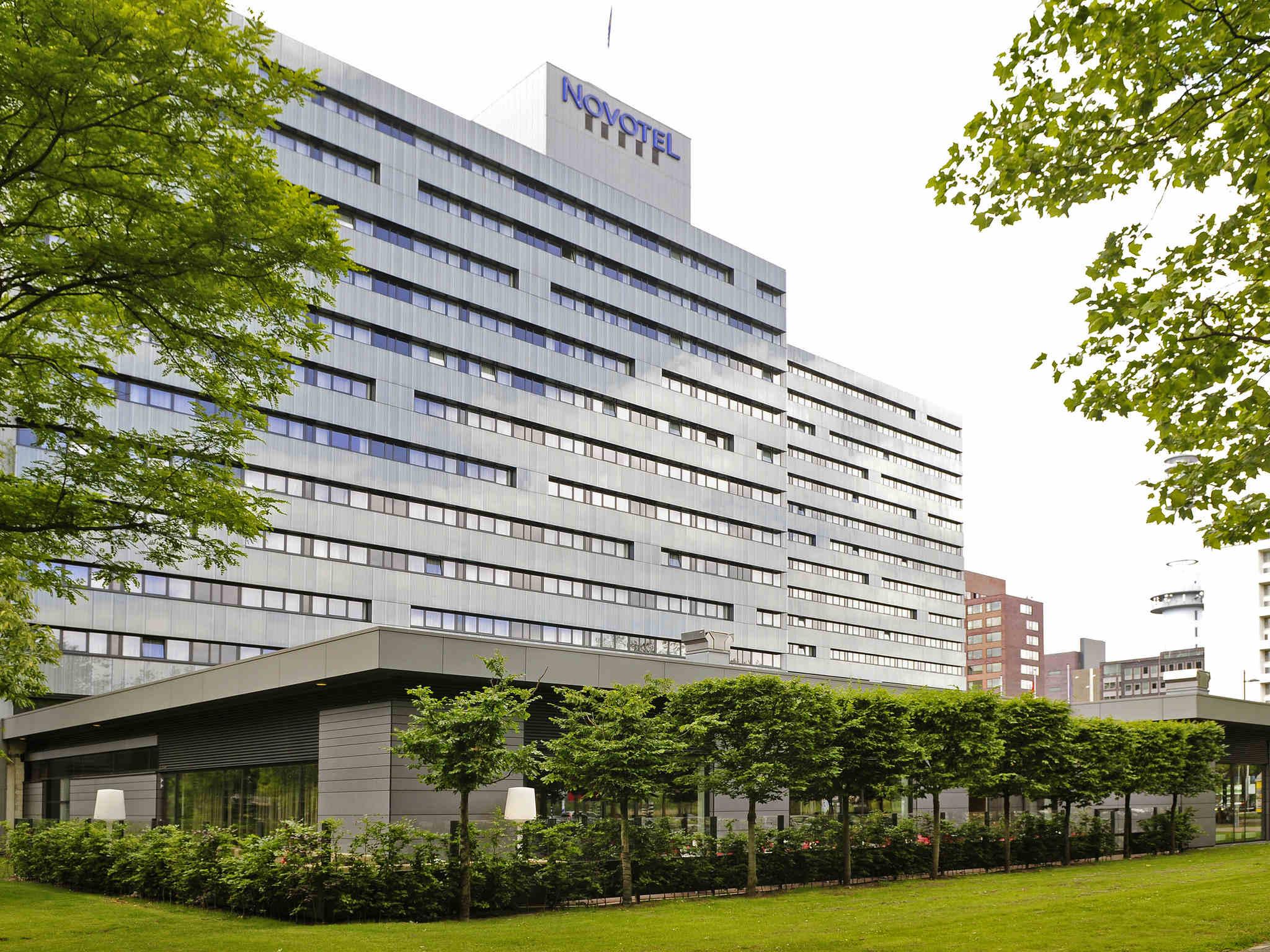 Отель — Novotel Амстердам Сити