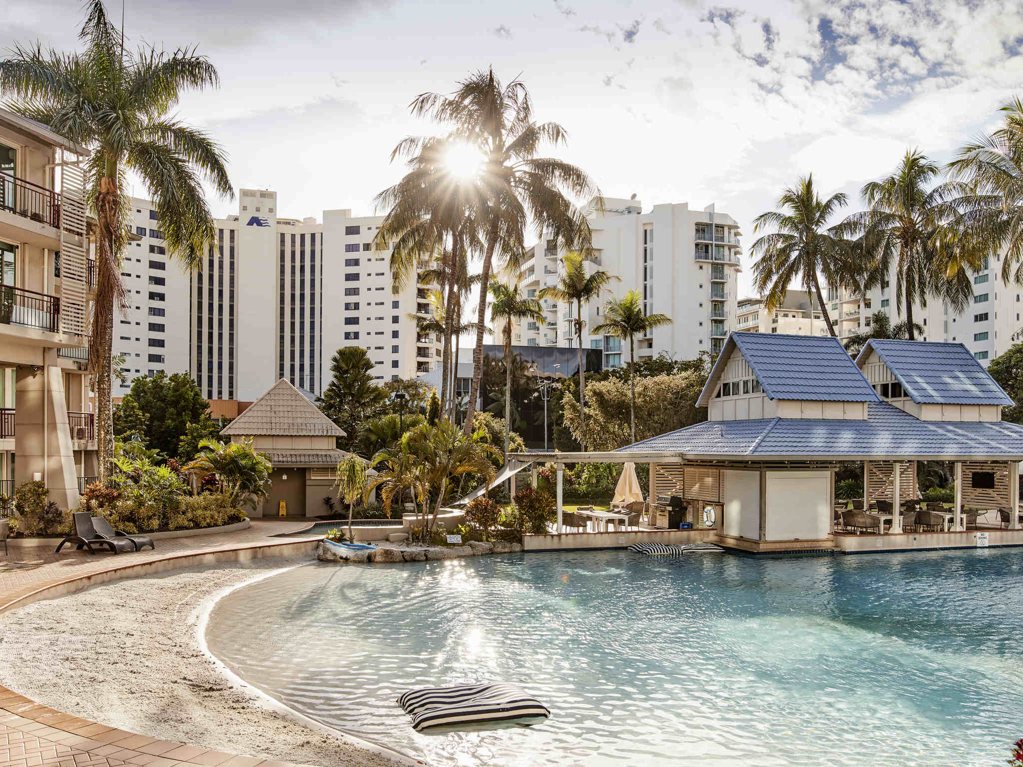 Hotell – Novotel Cairns Oasis Resort