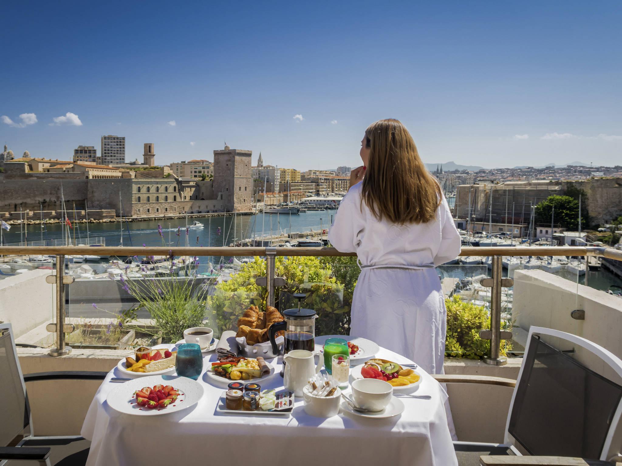 Hotel – Sofitel Marselha Vieux-Port