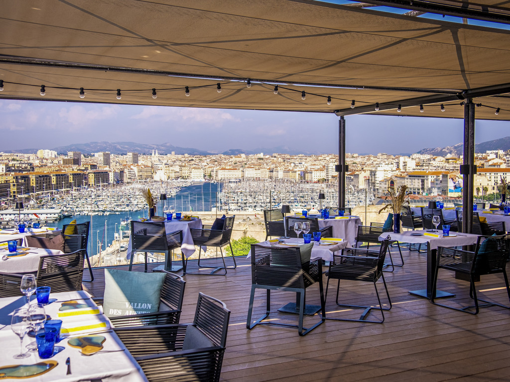 les trois forts marseille restaurants by accorhotels. Black Bedroom Furniture Sets. Home Design Ideas