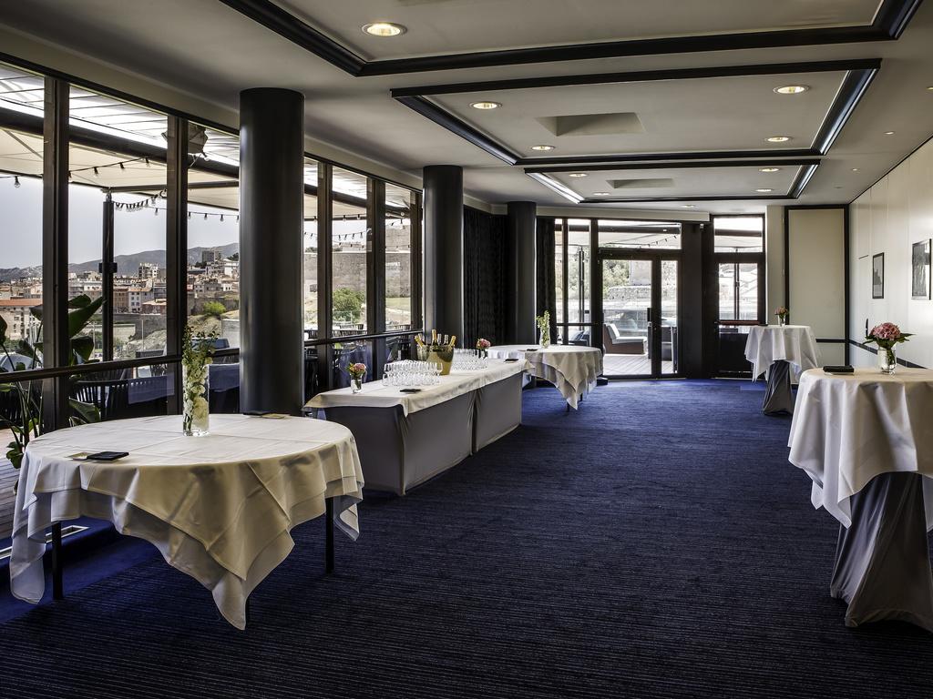 Luxury hotel marseille sofitel marseille vieux port - Hotel restaurant marseille vieux port ...