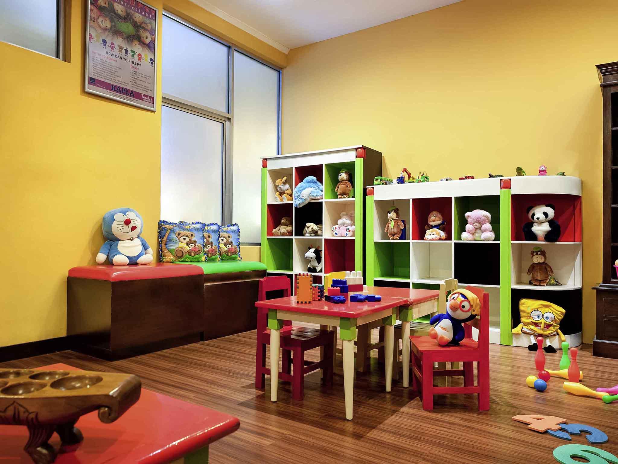 Novotel Solo Family Room