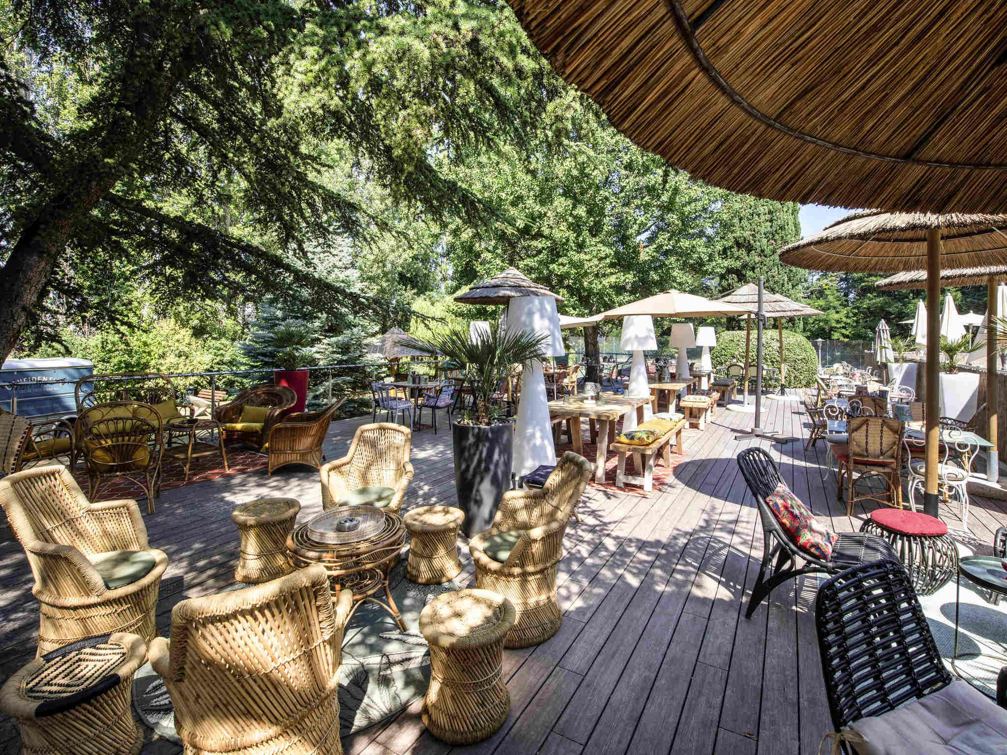 호텔 – Novotel Avignon Nord