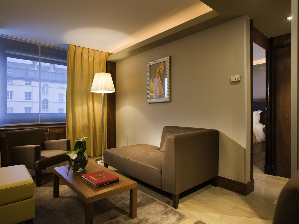 Stunning Salon Ecran Plat De Luxe Couleur Ideas - House Interior ...
