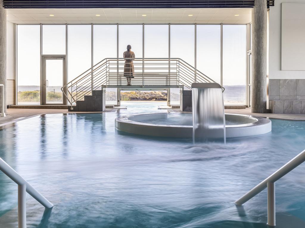 Hotel de luxe quiberon sofitel quiberon thalassa sea spa for Camping piscine quiberon