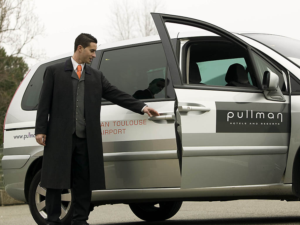 Hotel blagnac pullman toulouse airport for Buro services toulouse