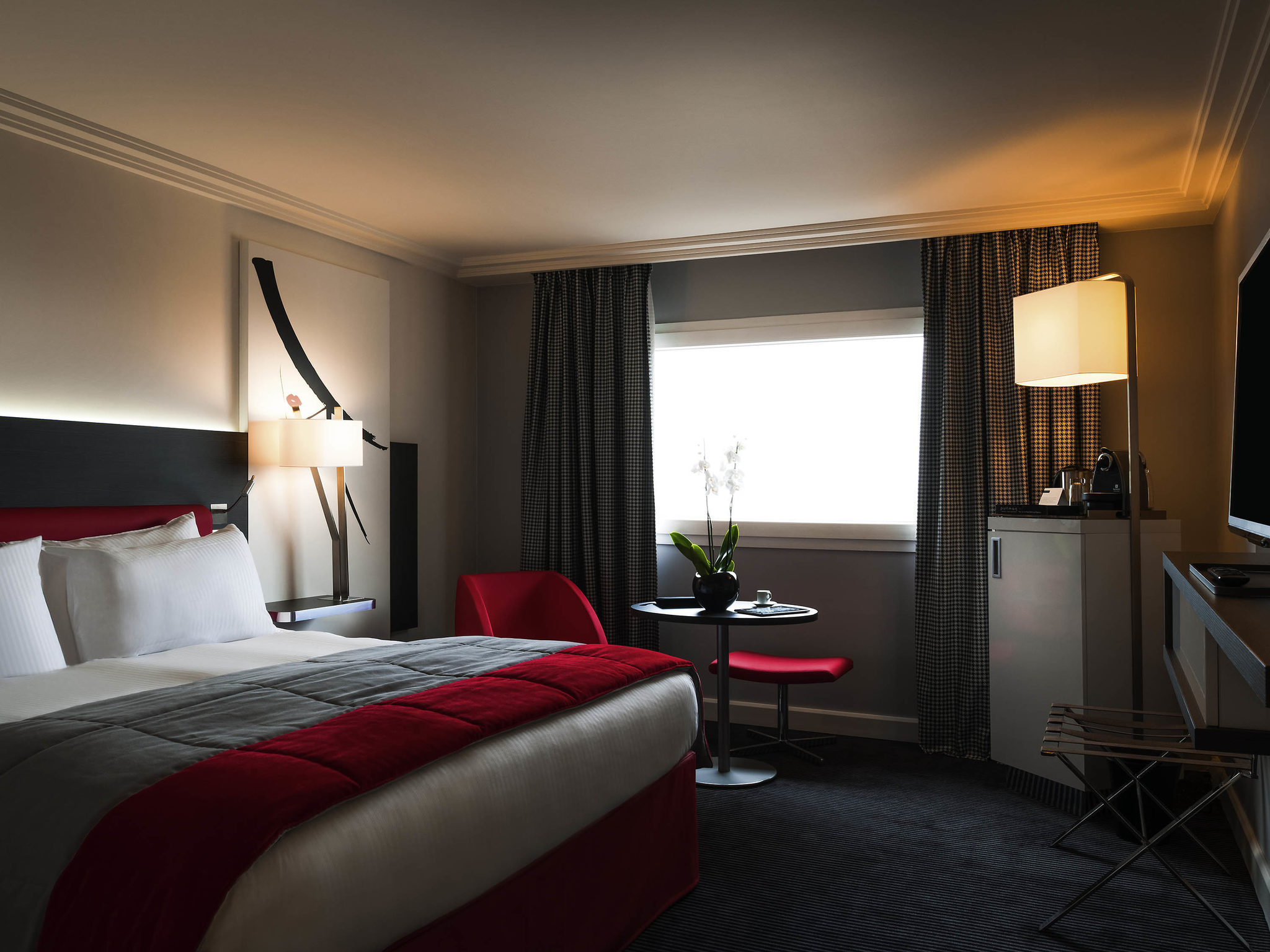 Airport Bed Hotel Hotel In Roissy Cdg Cedex Mercure Paris Cdg Airport Convention