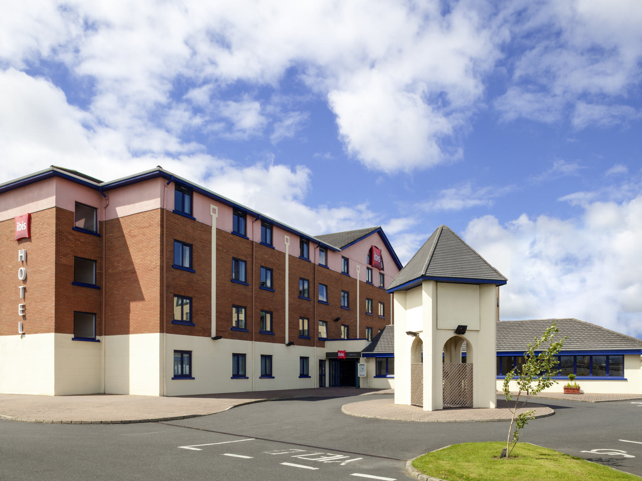 Отель — ibis Дублин