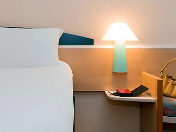 Cheap hotel blois ibis blois vall e maillard - Point p blois ...