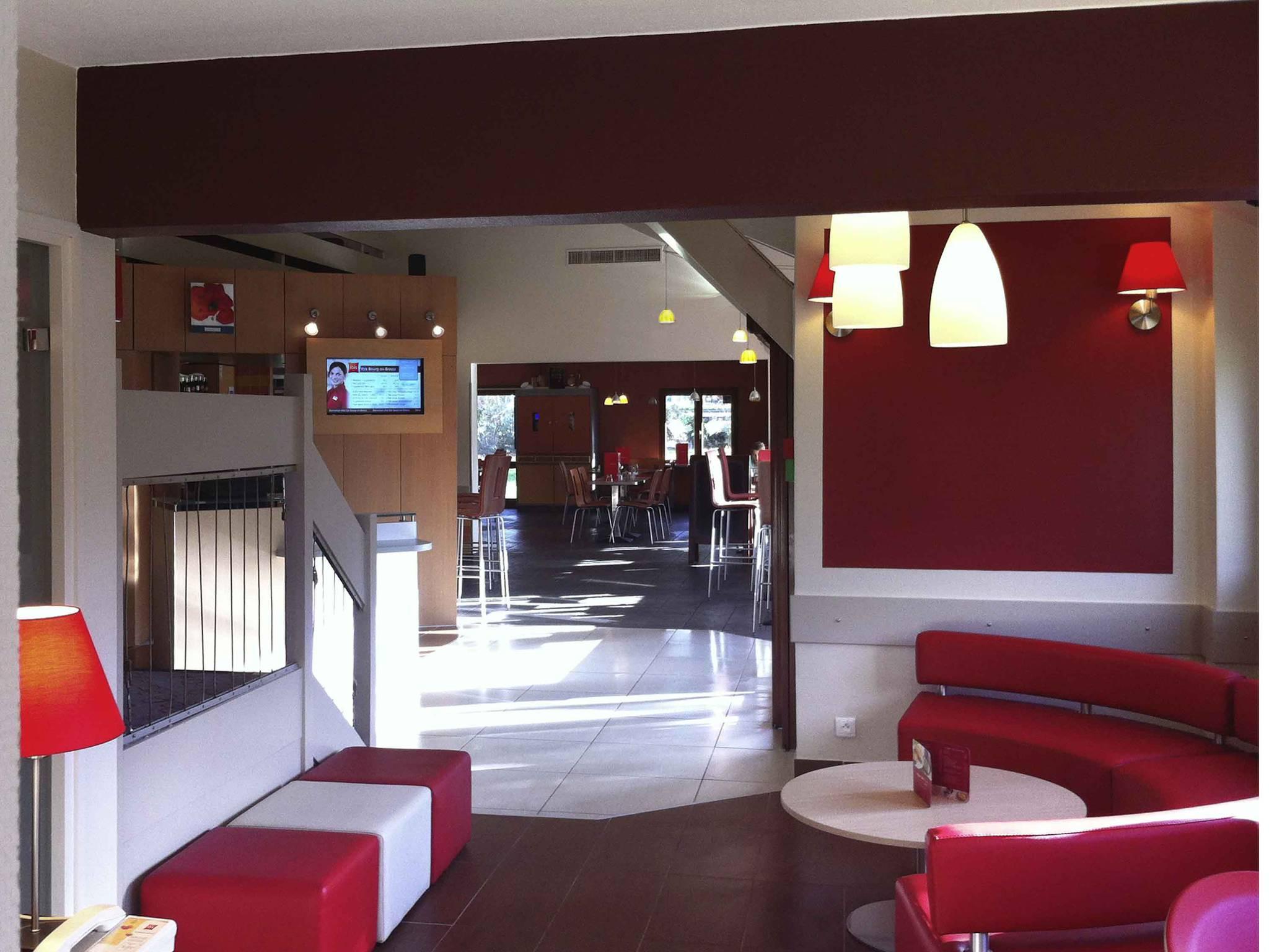 Отель — ibis Bourg-en-Bresse