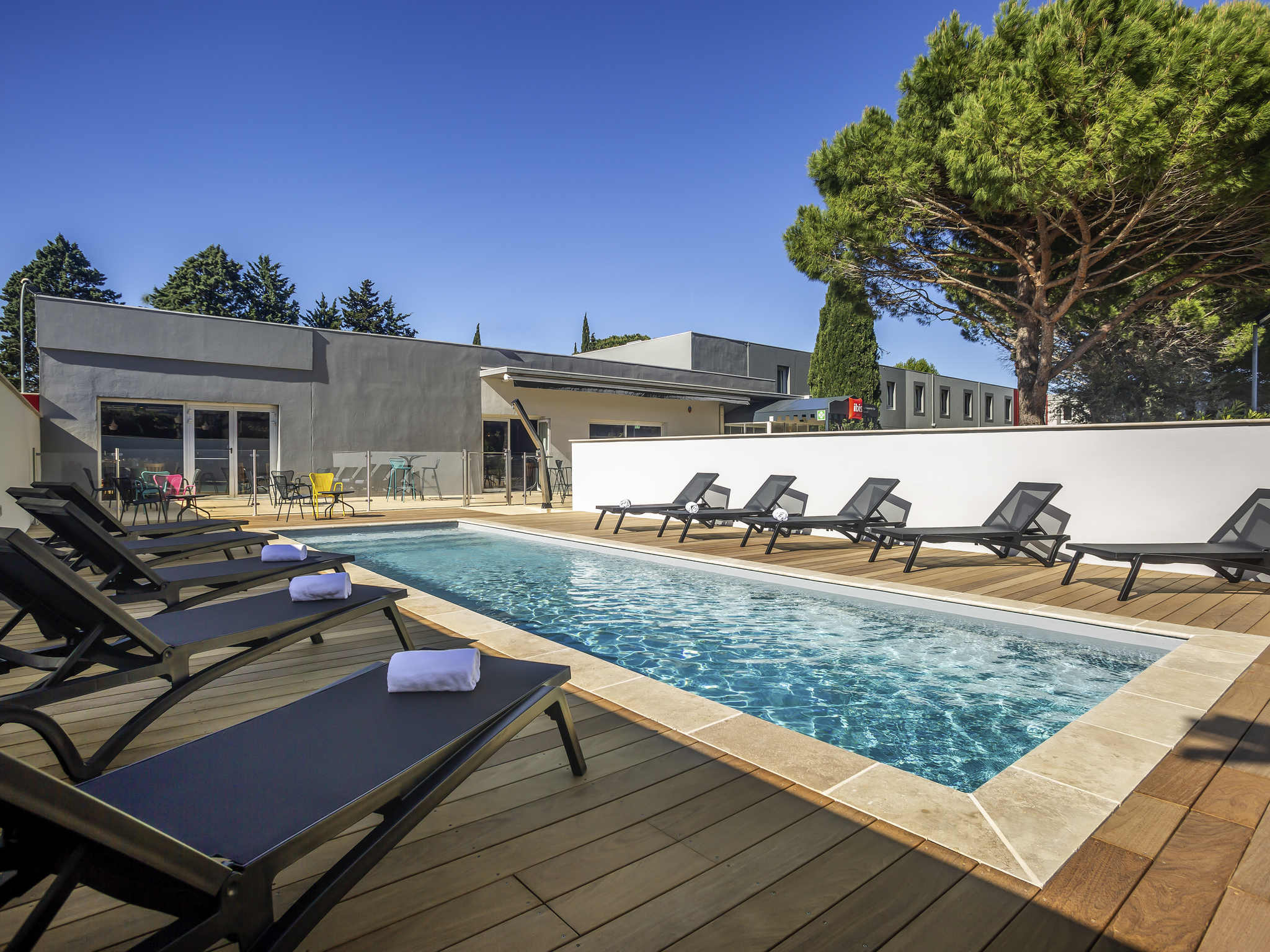 H tel carcassonne ibis carcassonne est la cite for Hotels carcassonne