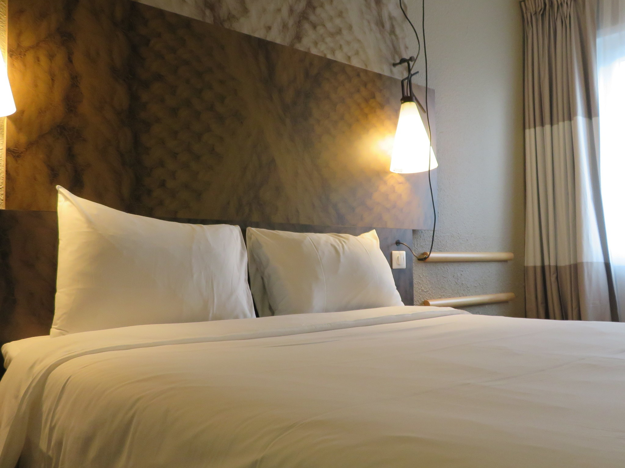 호텔 – ibis Melun