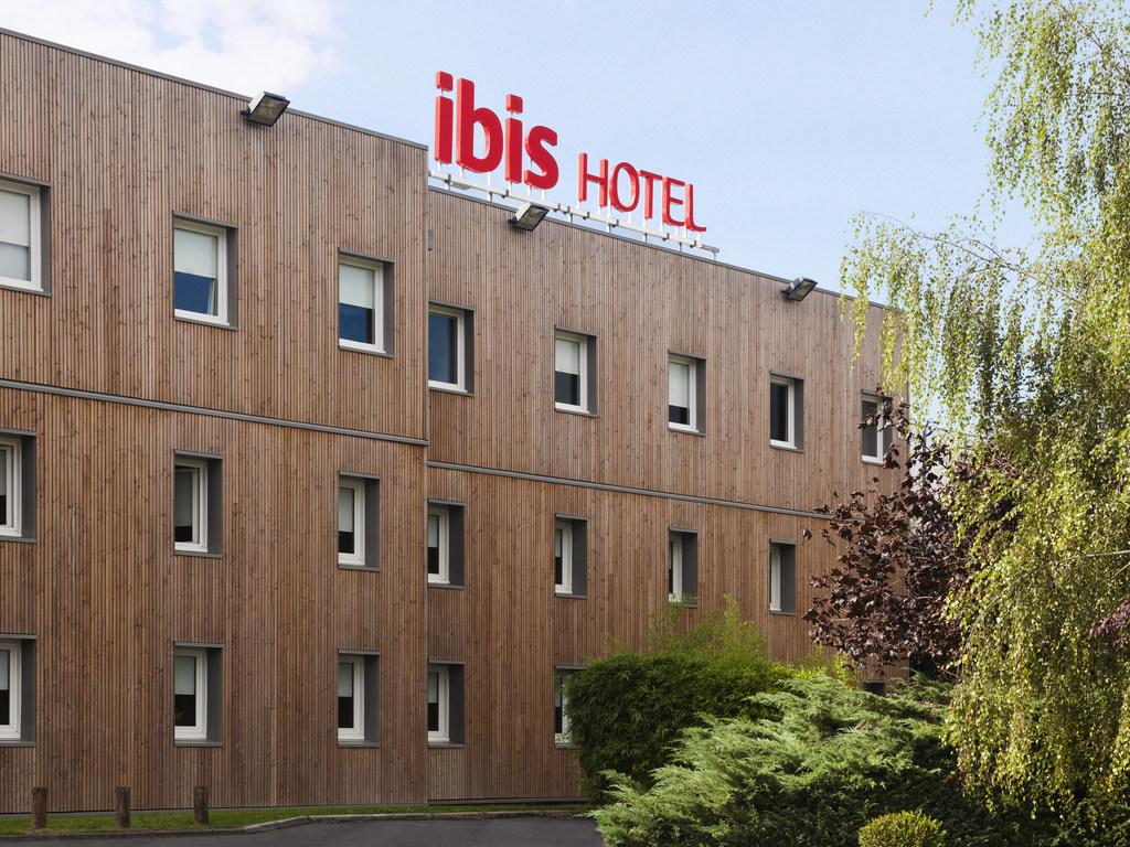 Hotel pas cher nemours ibis nemours for Hotel proche