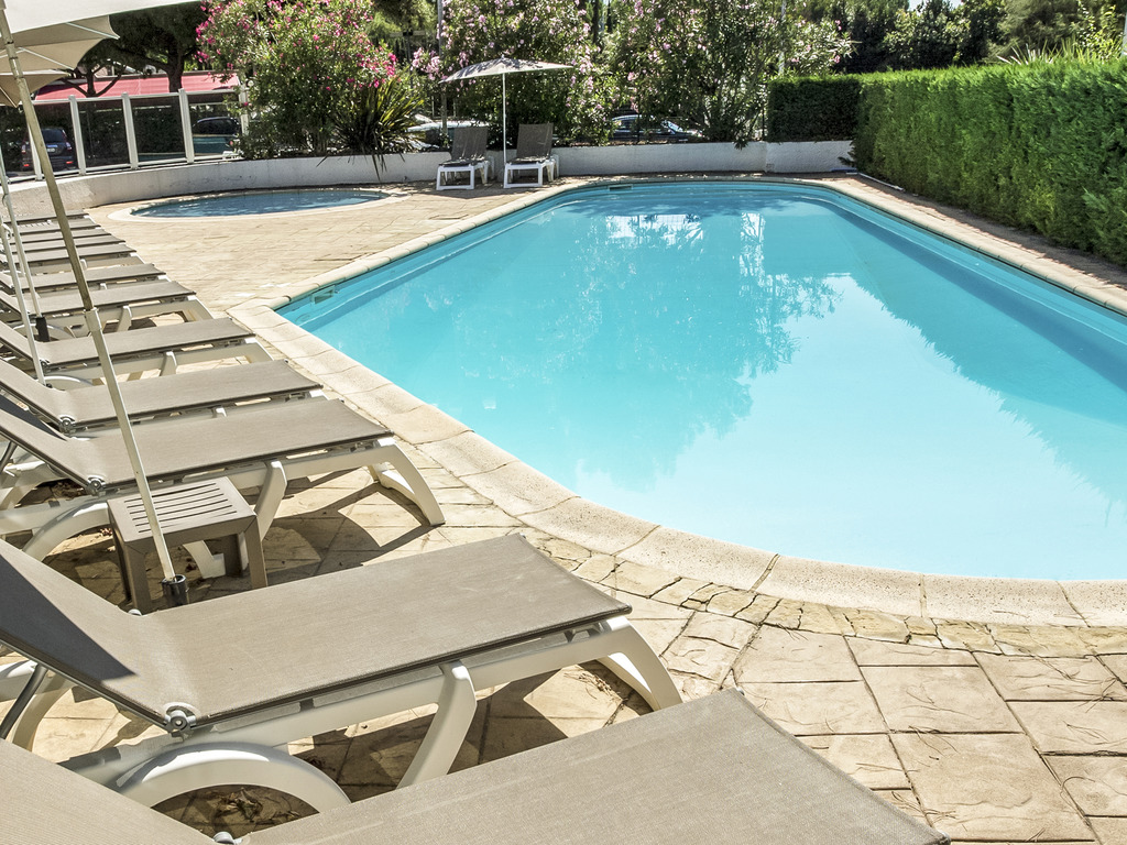 Hotel in nimes ibis nimes ouest for Hotels nimes