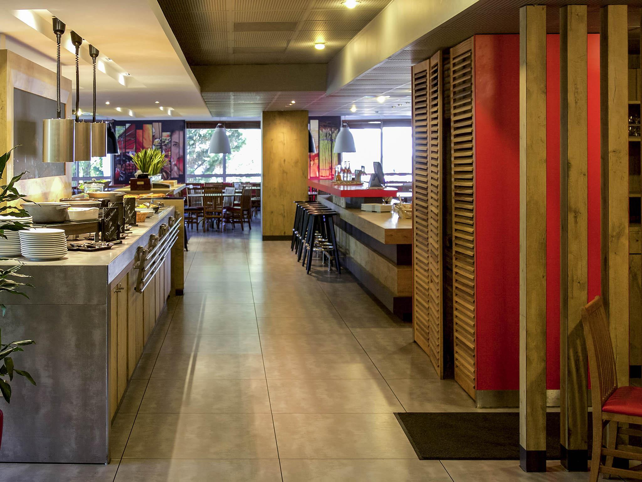 H tel gentilly ibis paris porte d 39 italie - Restaurant porte d italie sarreguemines ...