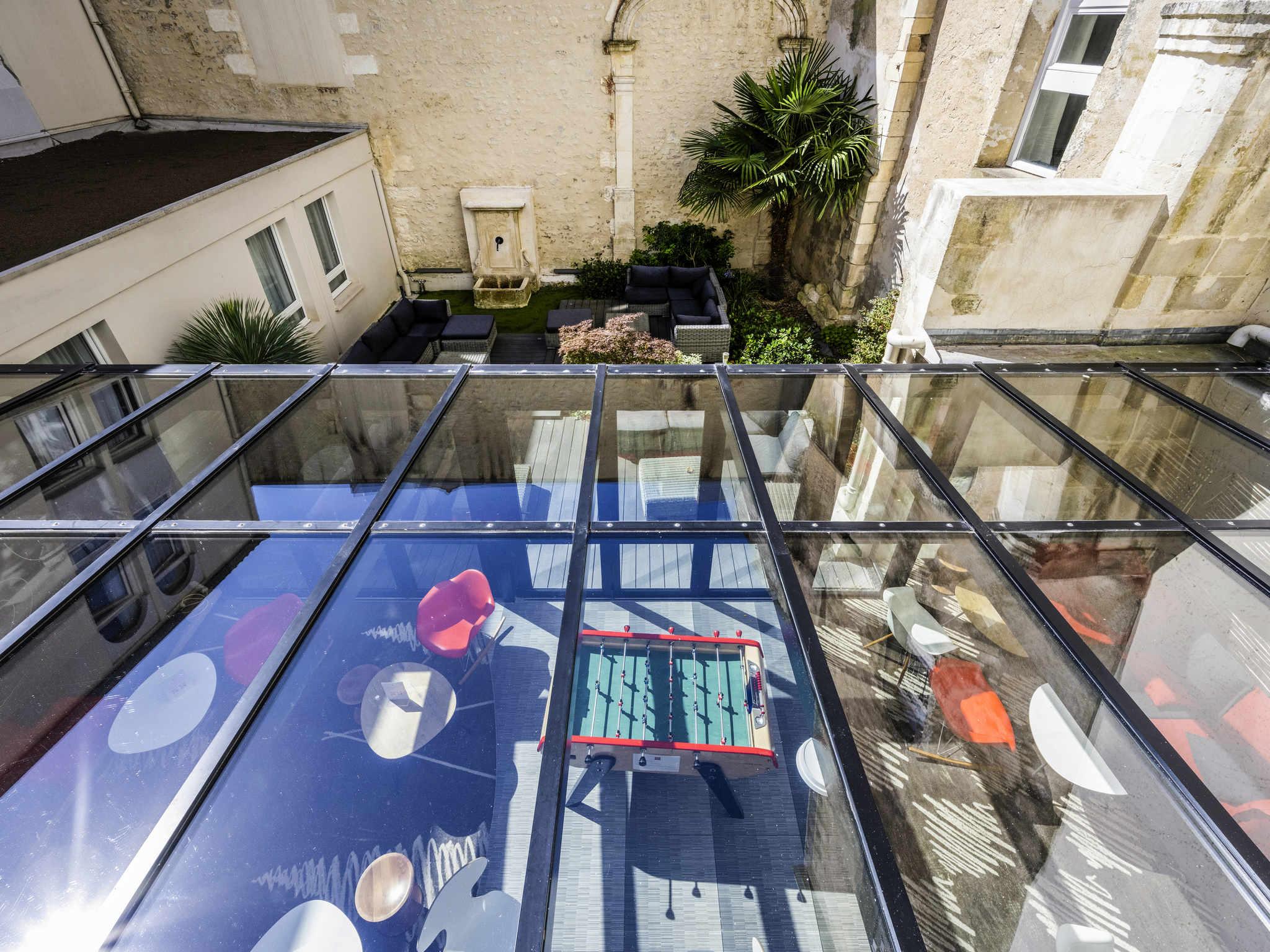 ... Bar   Ibis La Rochelle Vieux Port ...