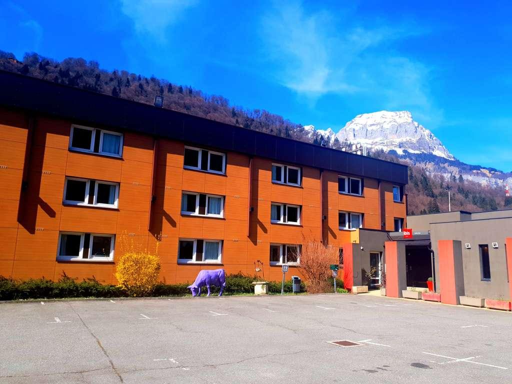 hotel in sallanches ibis sallanches porte du mont blanc. Black Bedroom Furniture Sets. Home Design Ideas