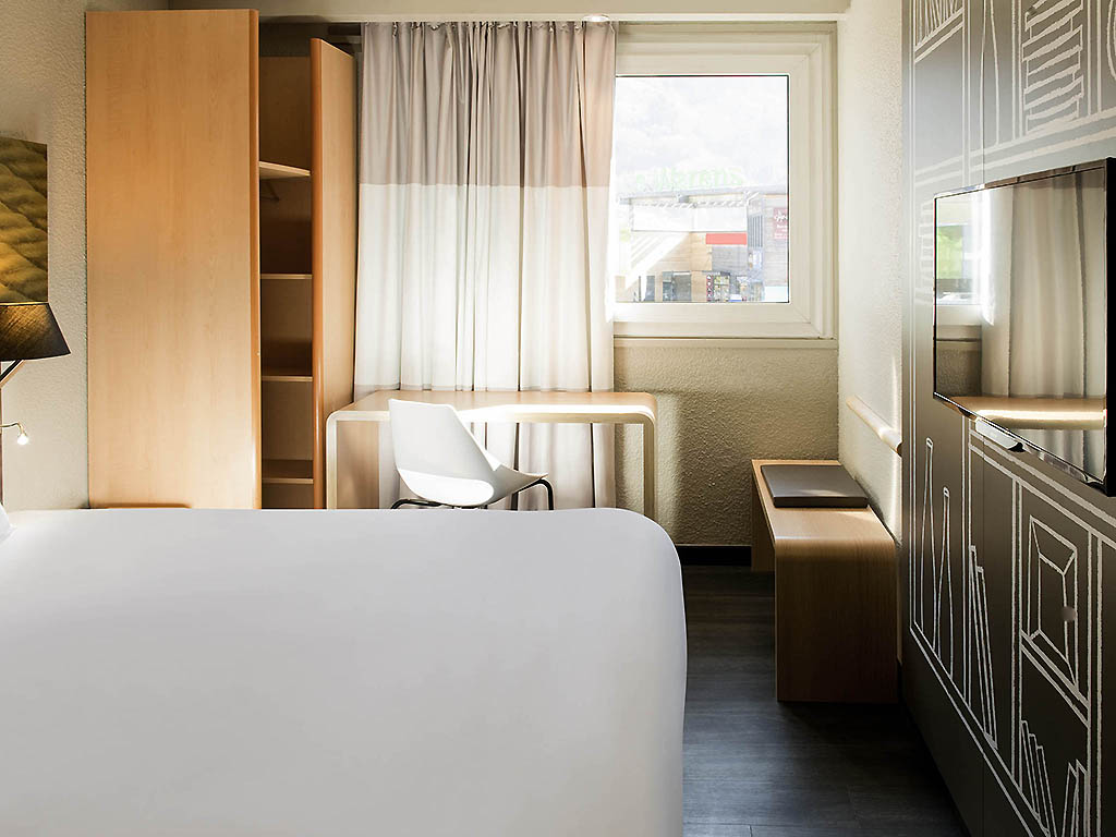 hotel pas cher sallanches ibis sallanches porte du mont blanc. Black Bedroom Furniture Sets. Home Design Ideas