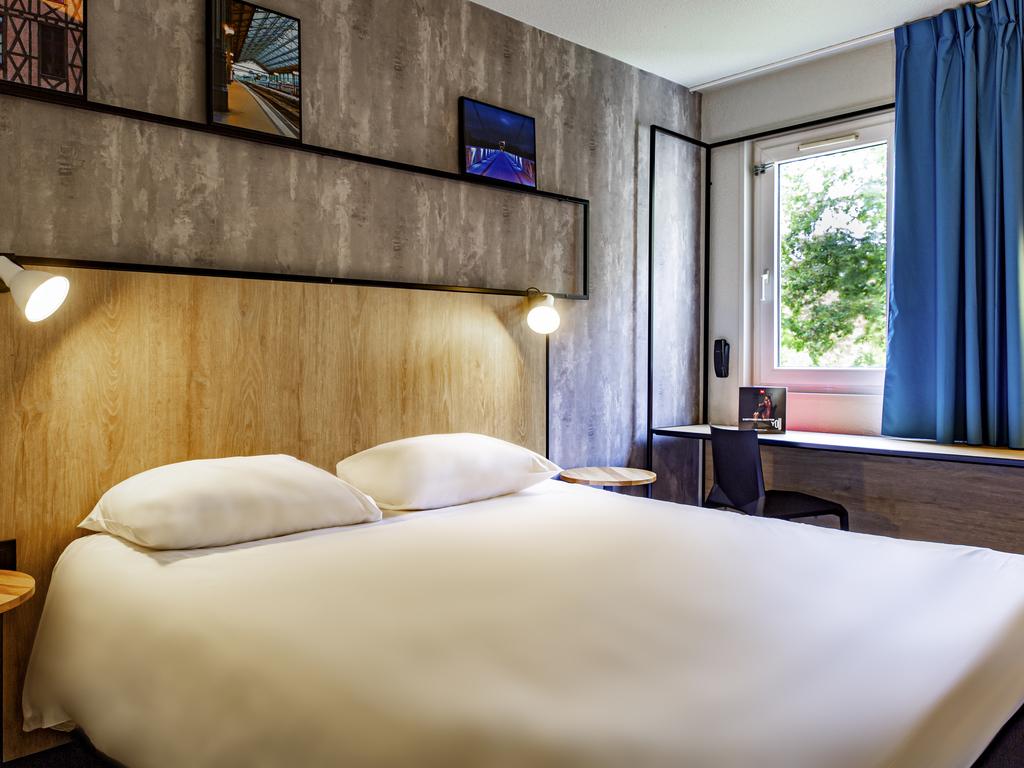 hotel pas cher chambray les tours ibis tours sud. Black Bedroom Furniture Sets. Home Design Ideas