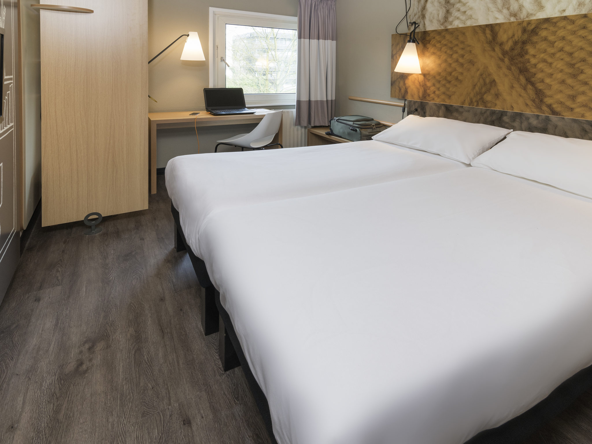 Goedkope Badkamer Tilburg : Goedkoop hotel tilburg ibis vlakbij efteling