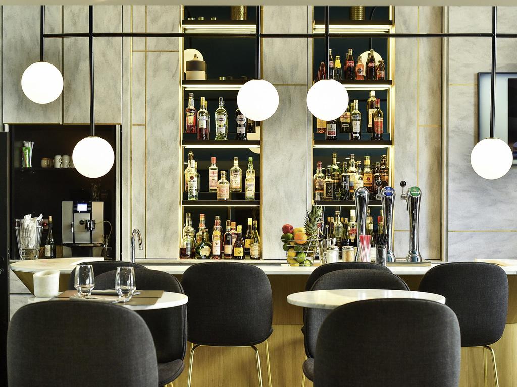 Hotel pas cher dijon ibis styles dijon central - Bar le central ...