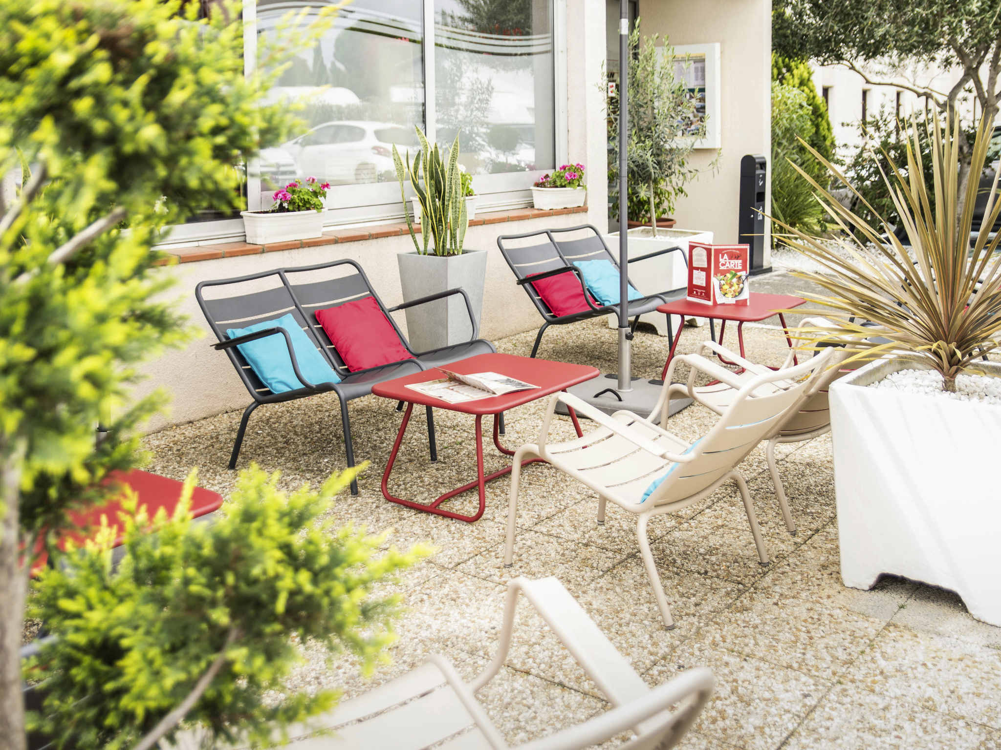 Hotel em narbonne ibis narbonne for Hotels narbonne