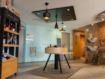 hotel pas cher narbonne ibis narbonne. Black Bedroom Furniture Sets. Home Design Ideas