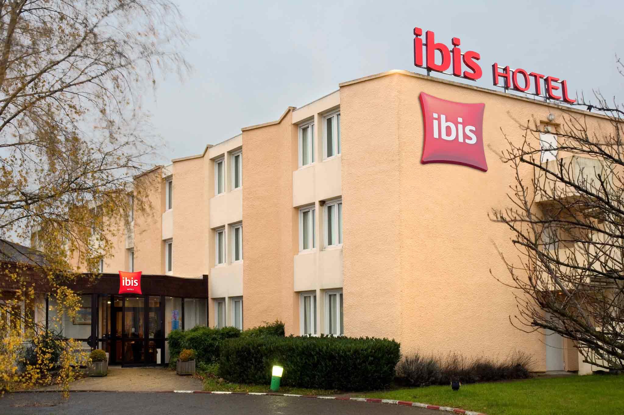 Отель — ibis Rambouillet