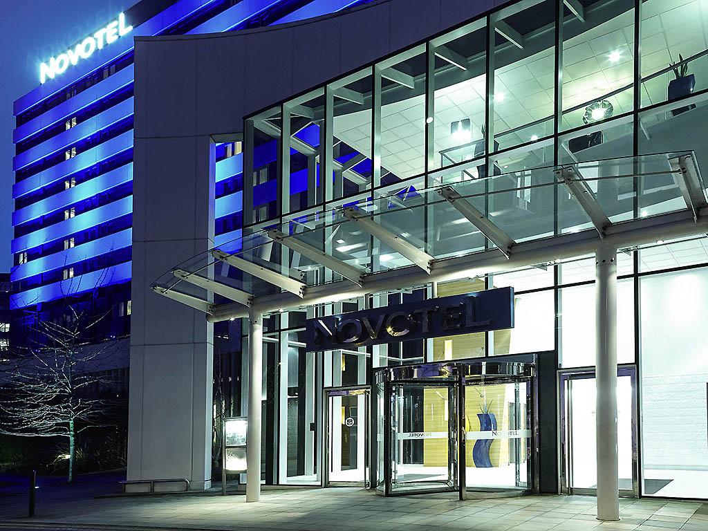 Novotel London West 4 Star Hotel