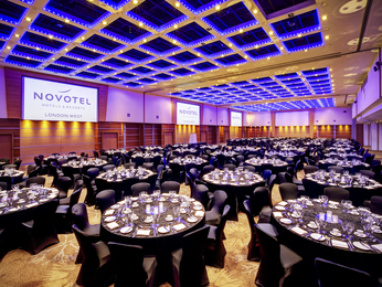 Pertemuan - Novotel London West