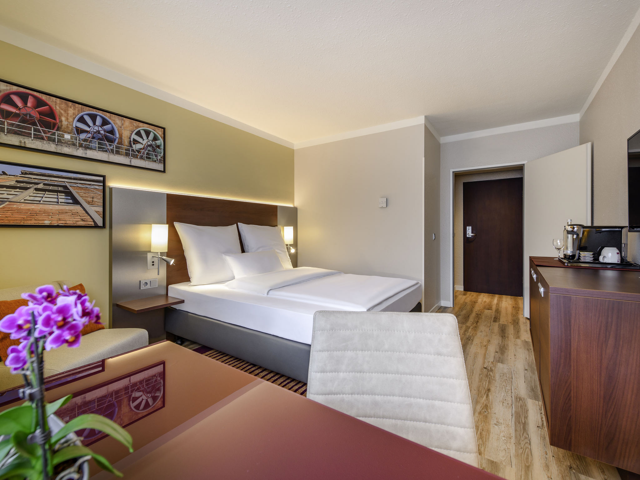 호텔 – Mercure Hotel Duisburg City