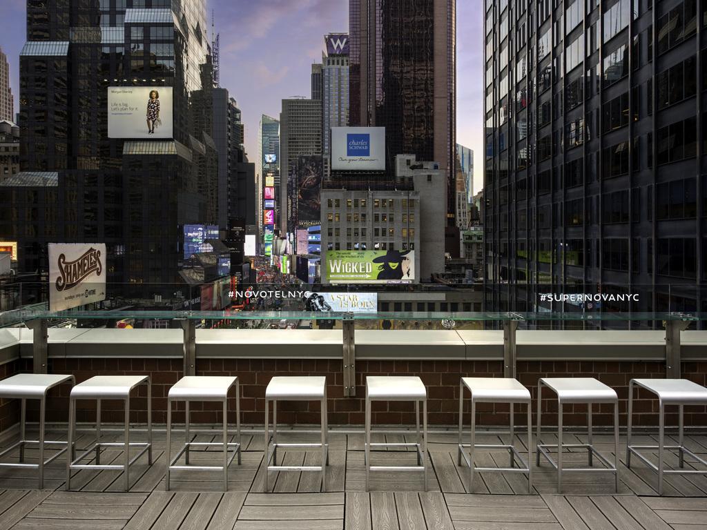 Hotel new york city novotel new york times square for New york hotels