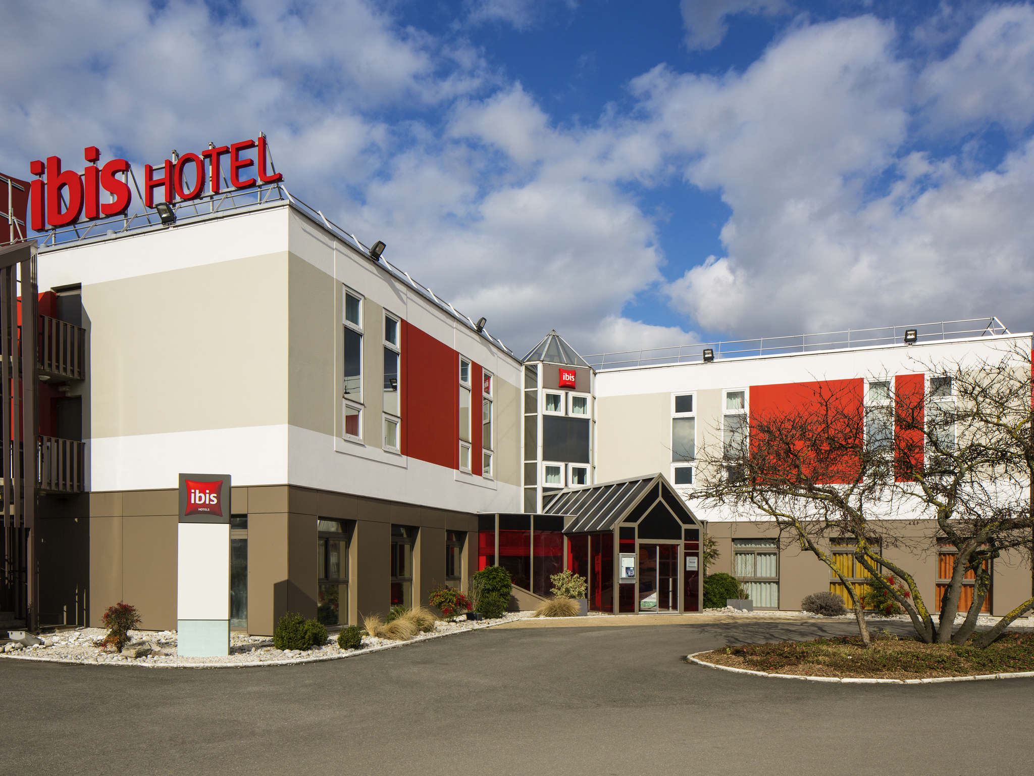 Hotel in AULNAY SOUS BOIS ibis Aulnay Paris Nord Expo # Sport Aulnay Sous Bois