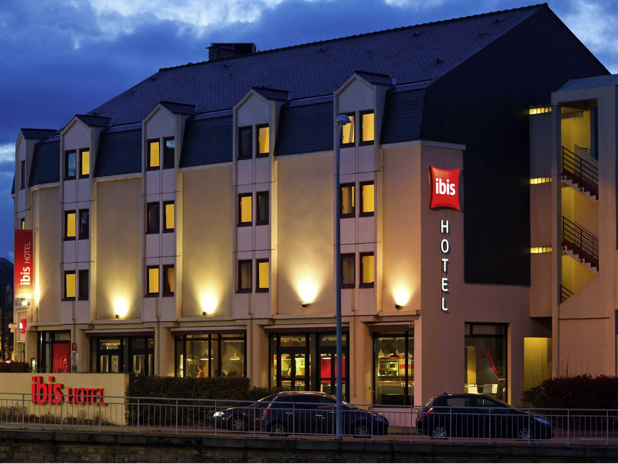 Hotel Au Mans Centre Ville