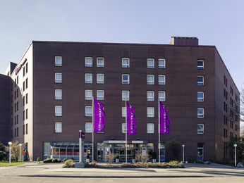 Welcome To The 4 Star Mercure Hotel München Neuperlach Süd Our Is Located In New District Of Munich Close Many High Tech